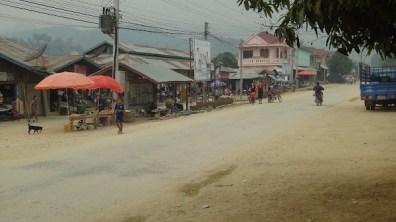 Vieng Thong - The Main Street
